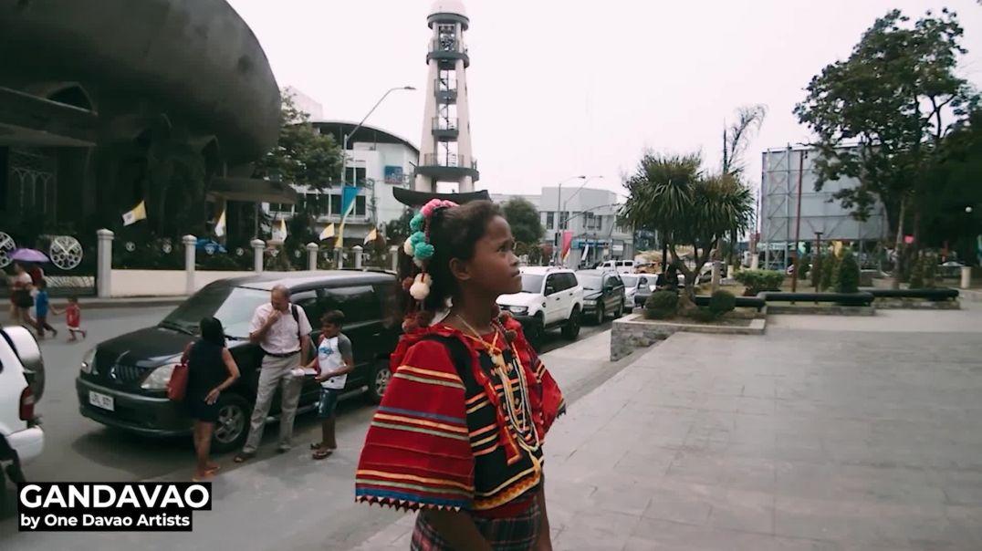 由一位Davao歌手提供的音乐视频GanDavao